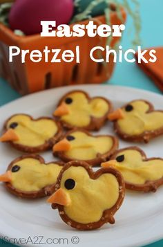 Are you ready for Easter! Not until you& checked out our newest Easter Pretzel Chicks! Liven up your Easter get-together with these festive snacks! Holiday Treats, Holiday Recipes, Holiday Foods, Yummy Treats, Sweet Treats, Easter Treats, Easter Food, Easter Decor, Easter Centerpiece