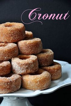 Have you tried cronuts yet? They are croissants that are shaped and fried like donuts!so SO yummy. I found this recipe for cronuts from Amanda of A Life Well Lived and they look so delicious that I wish I could eat … Just Desserts, Delicious Desserts, Dessert Recipes, Yummy Food, Small Desserts, Eclairs, Beignets, Churros, Donut Recipes