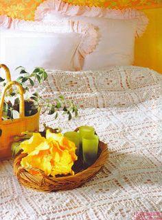BethSteiner: Crochet bedspread - see pattern