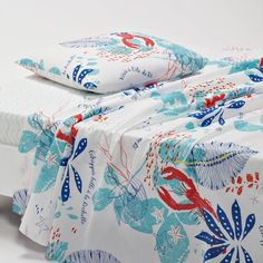 Capture the French style in your bedroom with printed flat sheets from La Redoute. Flat Sheets, Bed Sheets, Flat Bed, Textiles, Flats, Printed, Loafers & Slip Ons, Flat Shoes, Bed Linens