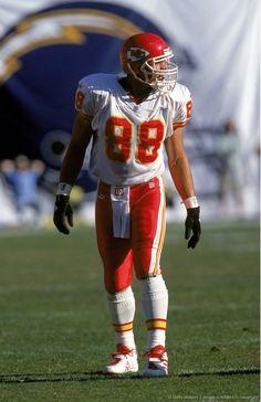 Tony Gonzalez  88 Kansas City Chiefs Football 1cd6fb8fe