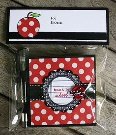 Post It Note holder and pen set for teachers