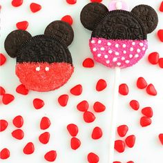 Minnie and Mickey Mouse Oreo Cookie Pops Recipe | Key Ingredient
