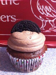 Cookies n' cream cup cake