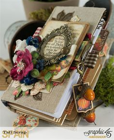 Tati, Thankful Fall Book, Product by Graphic 45, Photo 6