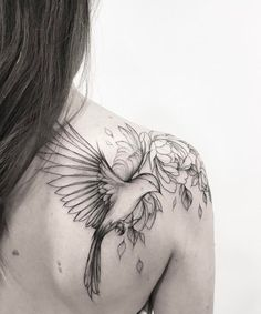 Fascinating Flying Bird and Flower Shoulder Tattoos for Women