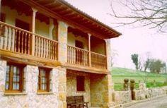 Casa rural La Cerezal I La Casa rural La Cerezal I está situada en una casería asturiana en el entorno de la Cueva del Sidrón, en la zona de Picos de Europa y cerca de las playas asturianas más bellas. http://www.elsidron.com/
