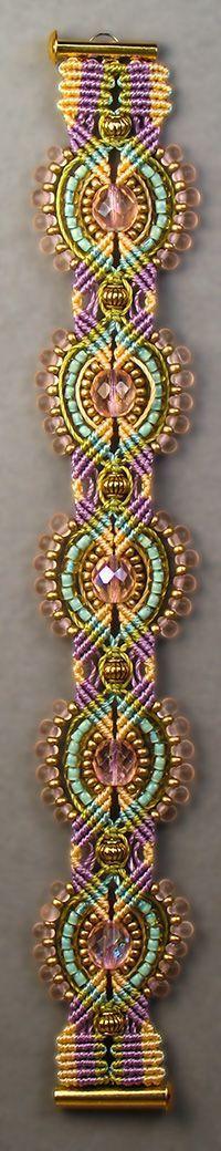 Найдено на сайте micro-macramejewelry.com.