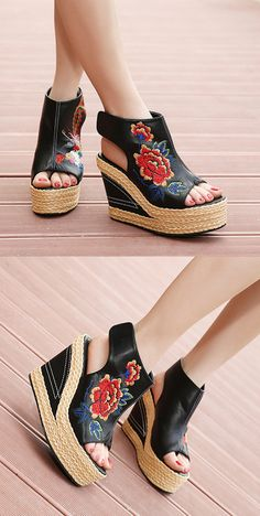 US$34.16 Flower Embroidery National Wind Hollow Out Peep Toe Platform Sandals