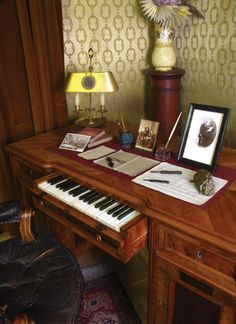 Liszt's gift recieved from Bosendorfer. #Desire
