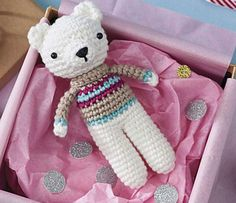 Small is beautiful. This pocket-sized polar bear toy by Little Bear Crochets is pretty speedy to hook, as amigurumi goes.