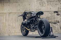 Bavarian Fightfighter: A brutal custom BMW R nineT from Rough Crafts. - Bike EXIF