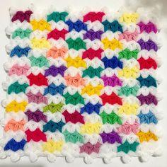 Lif Siparişi için özelden yazabilirsiniz. 📩 Bebek 👶🏻 lifleri #lif #örgü #liflerim #elemeği #elemeğim #lifmodelleri #lifmodeli #çeyiz #çeyizlik #çeyizliklif #çeyizlifi #elörgü #elörgüsü #lifmodelleri #lifmodellerim Elsa, Blanket, Crochet, Crocheting, Amigurumi, Ganchillo, Blankets, Cover, Comforters