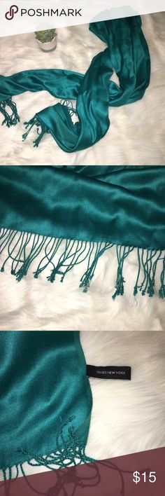 Women's Teal Silky Solid Pashmina Scarf Great condition. Never worn. Fringed on either side. Super warm and gorgeous color Jones New York Accessories Scarves & Wraps