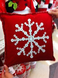 Christmas button pillow: