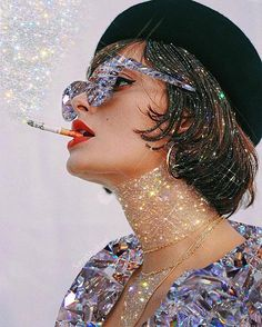 """""""Inspiration exists but it has to find you working"""" Picasso. This beautiful graphic art from has us so inspired to keep being chic and get through the week. PS Don't ever let anyone hide your shine . Boujee Aesthetic, Aesthetic Pictures, Glitter Photography, Sparkle Party, Glitter Art, Diamond Glitter, Foto Pose, Arte Pop, Glitz And Glam"""