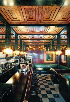 American Bar. Vienna, Austria 1908. Idea: pas d'ornement, seulement beauté par la révelation du matériau lui-même