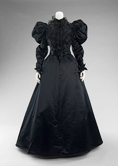 1894-96: Gorgeously gothy mourning attire from 1815-1915 | Dangerous Minds