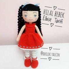 Este posibil ca imaginea să conţină: text Crochet Doll Pattern, Crochet Dolls, Knit Crochet, Crochet Hats, Knitted Shawls, Knitted Poncho, Knit Shoes, Sweater Design, Amigurumi Doll