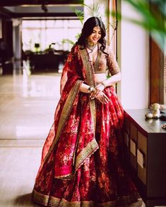 Floral lehenga ideas for summer wedding inspiration. A pastel hued bridal lehenga will be perfect for your summer wedding. Indian Bridal Outfits, Indian Bridal Lehenga, Indian Gowns, Indian Bridal Wear, Indian Designer Outfits, Indian Attire, Indian Wear, Indian Wedding Clothes, Lehenga Wedding Bridal