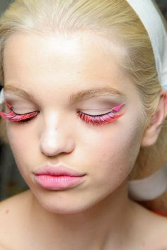 and bam! pink lashes.