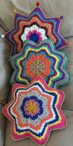 crochet star  https://www.facebook.com/groups/crochetiscontagious/