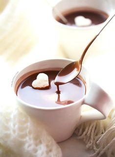 Rich Italian Hot Chocolate | Cleobuttera Nutella Hot Chocolate, Molten Chocolate, Chocolate Mug Cakes, Hot Chocolate Recipes, Nutella Donuts, Chocolate Pizza, Chocolates, Italian Hot, Molten Lava Cakes