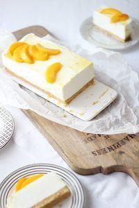 Tarta de yogurt sin horno No Bake Desserts, Delicious Desserts, Dessert Recipes, Yummy Food, Mini Cakes, Cupcake Cakes, Dessert Sans Four, Gelatine, Yogurt Recipes