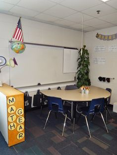 Accomplish more engaging instruction with this new classroom set-up that will encourage self-directed learning and collaboration. Classroom Layout, Classroom Setting, Classroom Design, Future Classroom, Classroom Organization, Classroom Decor, Classroom Management, Classroom Pictures, Classroom Furniture