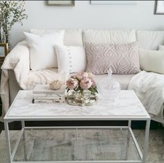 Awesome 80 Incredibly Creative IKEA Hacks Living Room Furniture https://decorapatio.com/2017/06/13/80-incredibly-creative-ikea-hacks-living-room-furniture/