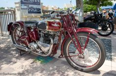 Motorcycle Photo Of The Day British Motorcycles, Triumph Motorcycles, Vintage Motorcycles, Custom Motorcycles, Bmw Vintage, Vintage Bikes, Triumph Motorbikes, Motorcycle Shop, War Dogs