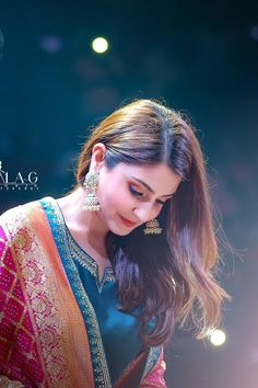 Fashion - anushkasharma looks very pretty ! Isn't she Give a rate 110 gorgeous wear gorgeous wear gorgeous wear … Lehenga, Anarkali, Girl Photo Poses, Girl Photography Poses, Photo Shoot, Fashion Photography, Wedding Photography, Bollywood Celebrities, Bollywood Fashion