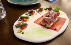 review-thelounge-frogmorecreekcity-tuna-justthesizzle