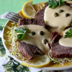 Vitel toné is a classic Christmas Argentinian dish originally from Italy, which consists of veal slathered with an anchovy and tuna-based creamy sauce.