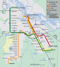 Amsterdam cuenta con un sistema de Metro (tren subterráneo metropolitano - Metro de Amsterdam) compuesto por 5 líneas y 52 estaciones. A su vez, como complemento tiene un sistema de trenes urbanos y suburbanos conocidos con la inicial (NS) y de tranvía. El conjunto del sistema transporta a más de un millón de pasajeros al día, a pesar de que la población es de 750000 habitantes. Esto nos indica la gran importancia del transporte público en esta ciudad.