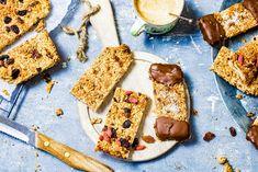 3x gezonde mueslirepen (suikervrij & glutenvrij) - Chickslovefood Love Food, Healthy Recipes, Healthy Food, Dairy, Muffins, Bread, Cheese, Snacks, Healthy Foods
