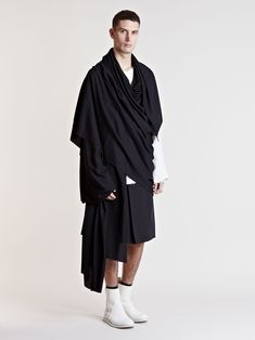Visions of the Future: Thamanyah Men's Oversized Ehram Scarf