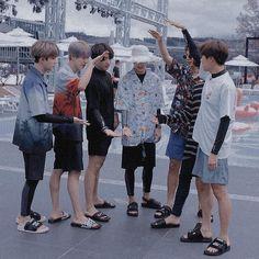 What you colors Kookie Bts, Bts Bangtan Boy, Jhope, Bts Taehyung, Foto Bts, Bts Photo, Seokjin, Namjoon, Bts Cute