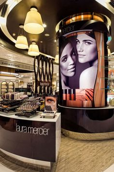 Laura Mercier shop at Tangs by Sheridan, Singapore store design