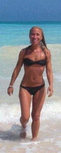 Teresa Jordan - Raw Vegan, 57 years young.