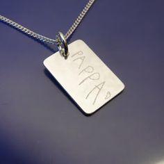När man kan skriva PAPPA själv, så kan vi gravera det! www.alskadebarn.se  Älskade Barn