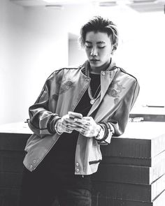 Shared by champagne jas. Find images and videos about kpop, jay park and aomg on We Heart It - the app to get lost in what you love. 2ne1, Jaebum, Jay Park Solo, K Pop, Jay Park Instagram, Ukiss Kpop, Shinee, Got7, Actor Model