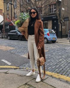 Flawless Summer Outfits Ideas For Slim Women That Looks Cool - Oscilling Winter Fashion Outfits, Winter Outfits, Autumn Fashion, Summer Outfits, Holiday Outfits, Fashion Clothes, Fashion Accessories, Looks Street Style, Street Style Women
