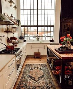 - A mix of mid-century modern, bohemian, and industrial interior style. Home and apartment decor, decoration ideas, home Home Design, Küchen Design, Design Ideas, Design Blogs, Boho Chic Interior, Estilo Interior, Interior Modern, Flat Interior, Brown Interior