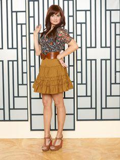 Debby Ryan from Disney Channel's Jessie Prettiest Actresses, Beautiful Actresses, Disney Channel, Hottest Female Celebrities, Celebs, Tall Girl Fashion, Debby Ryan, Female Stars, Poses