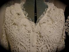 Brasão camisola de algodão branco romântico do Victorian por TatteredDelicates