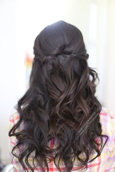 Wedding Hair Down hair loose waves curls half up half down wedding hair prom hair asian hair brunette hair twist in hair susie chhuor Prom Hair Down, Half Up Wedding Hair, Wedding Hairstyles Half Up Half Down, Best Wedding Hairstyles, Loose Hairstyles, Wedding Hair And Makeup, Half Updo, Prom Hairstyles, Bridesmaid Hairstyles