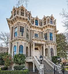 The ornate Heilbron House is an historic mansion in Downtown Sacramento, California. Built in it is a grand example of Italianate Victorian architecture. It is listed on the National Register of Victorian Architecture, Architecture Old, Beautiful Architecture, Beautiful Buildings, Beautiful Homes, Mansion Homes, Victorian Style Homes, Victorian Houses, Second Empire
