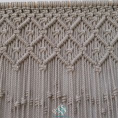 cortina de macram modelo rombos elaborada en cuerda de algodn de color crudo hago