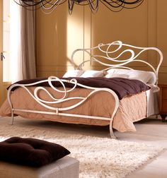 Home Decor - Wrought Iron Furniture & Decorations